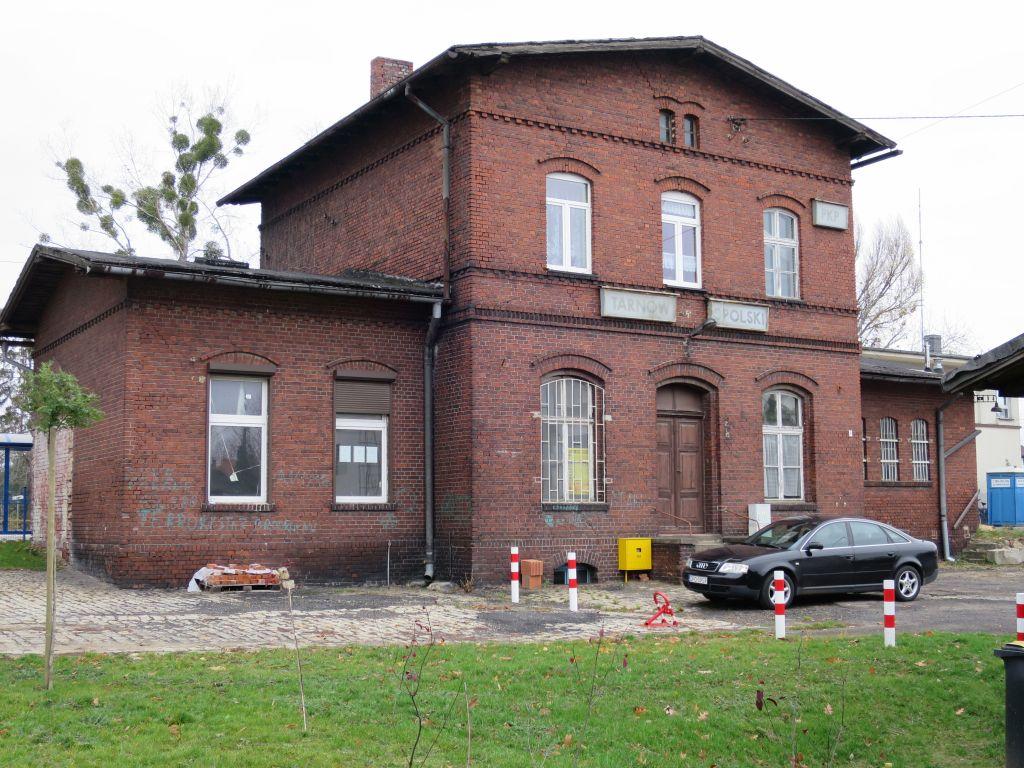 Stacja kolejowa w Tarnowie Opolskim