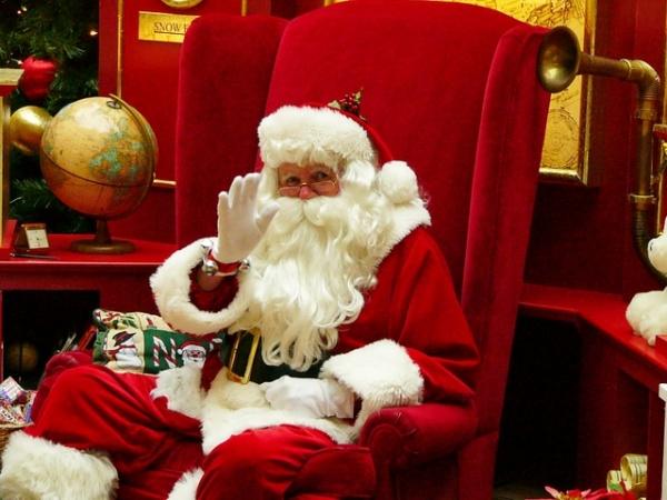 Jarmark Bożonarodzeniowy w Opolu obiecał odwiedzić Święty Mikołaj [Fot. sxc.hu]